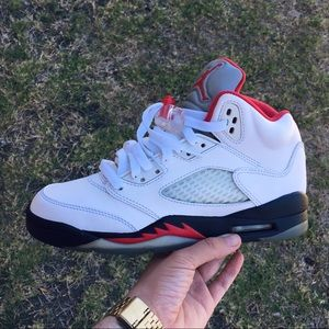 Air Jordan Fire Red 5's